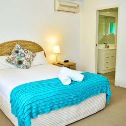 room-1-bed-01