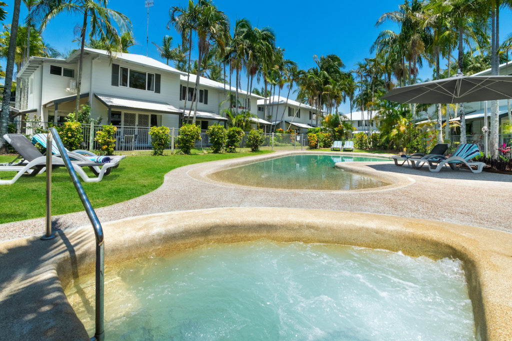 coco bay resort noosaville resort spa